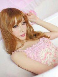 粉色甜蜜情人 性感美女浴缸写真