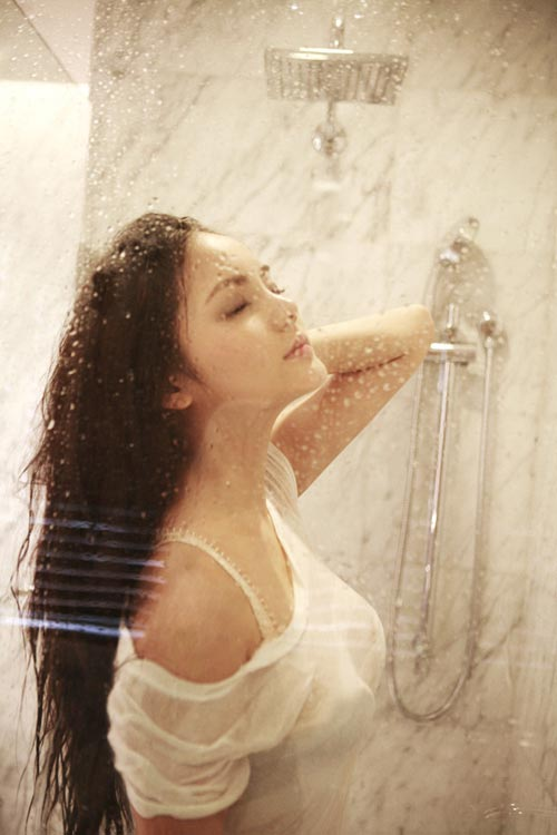 袁雪朦胧湿身性感写真